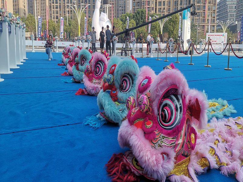 桂林春节开年舞狮表演